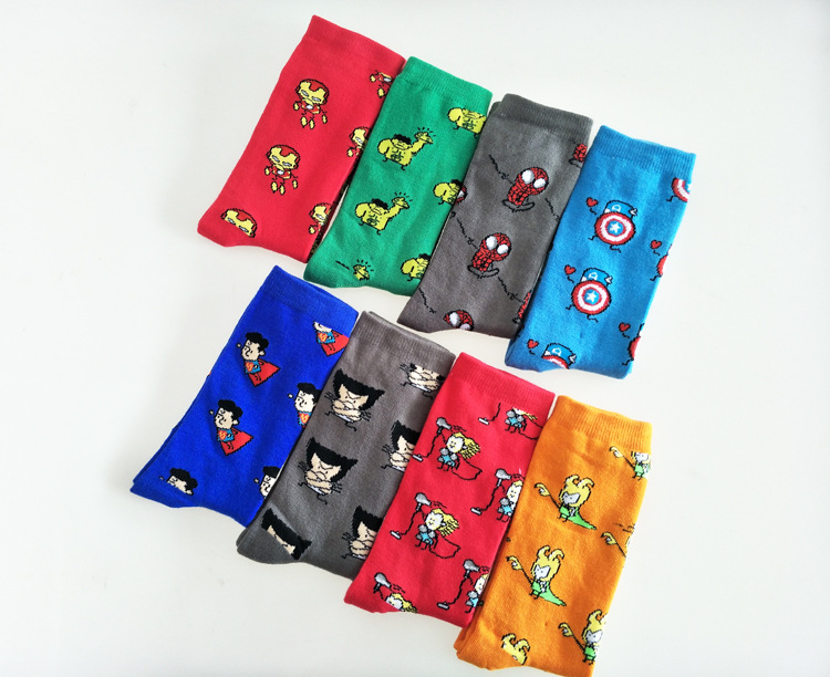 Hot Sale Novelty Fashion Cartoon Pattern Superman Men's Causal Crew Wedding Socks Funny Cool Skateboard Socks For Gifts