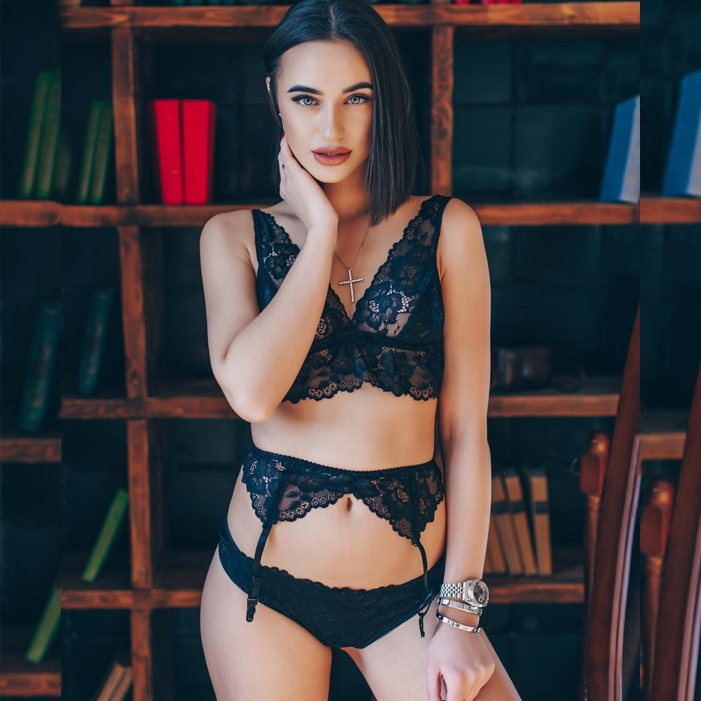CWXANS 2019 Women Transparent Intimate Lingerie Bra Set Underwear Panty Lace Underwear see through Female Bras Brief Sets