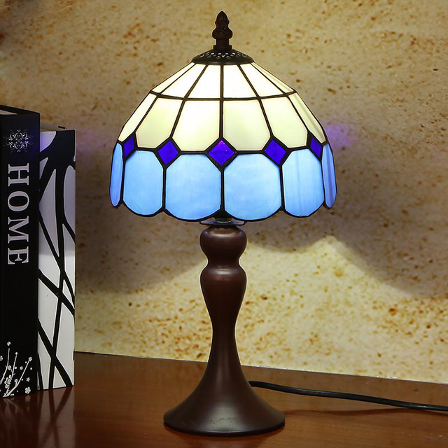 Classical Tiffany Style Table Lamp White And Blue Glass Pmpshade