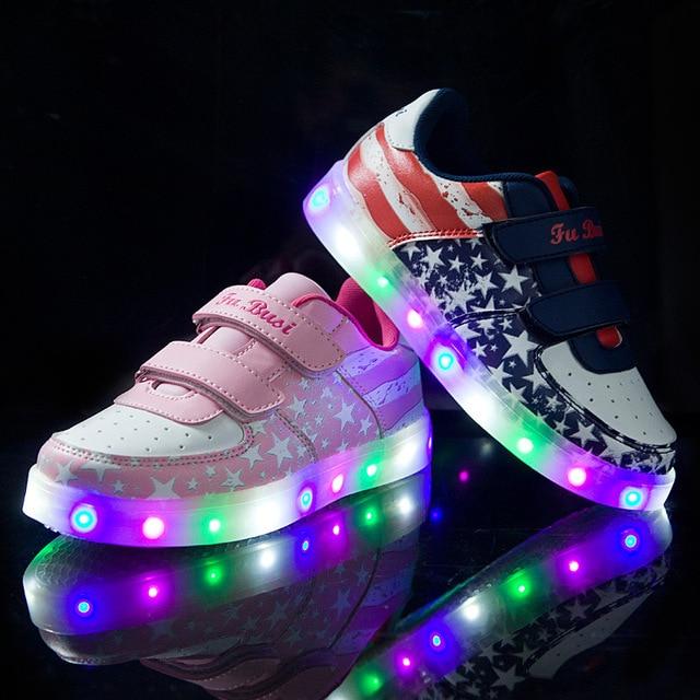 c29fa4f0de80d Świecące Trampki Dla Dziewczyna Chłopiec 2018 Dzieci Buty Ze Światłem LED  USB Skórzane Dzieci Sportowe Buty