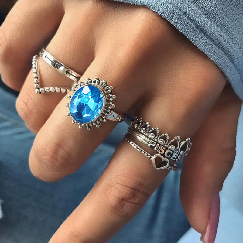 Tocona 6pcs/Set Bohemia Antique Silver Starking Ring Set for Women Blue Crystal Heart Hollow Out Carved Rings Jewelry Gifts 6124