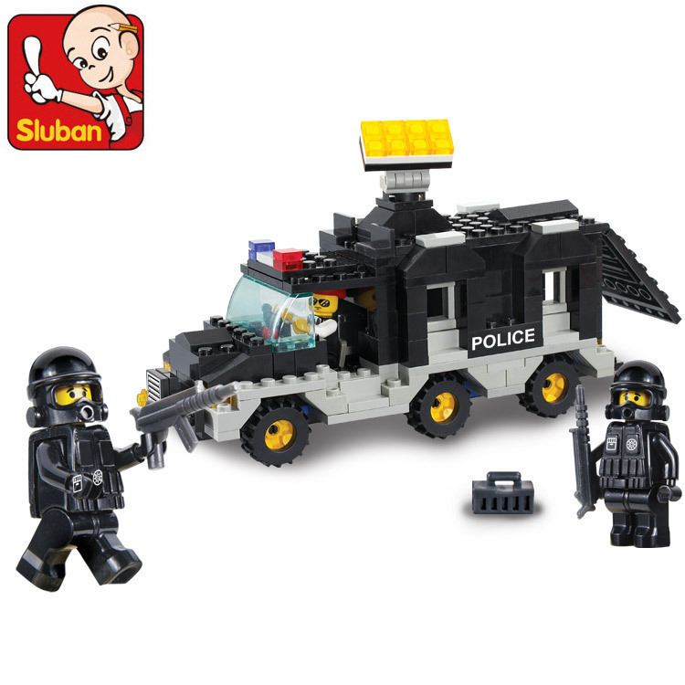 Sluban Model building kits compatible with lego city police Command Vehicle 940 3D blocks Educational toys hobbies for children