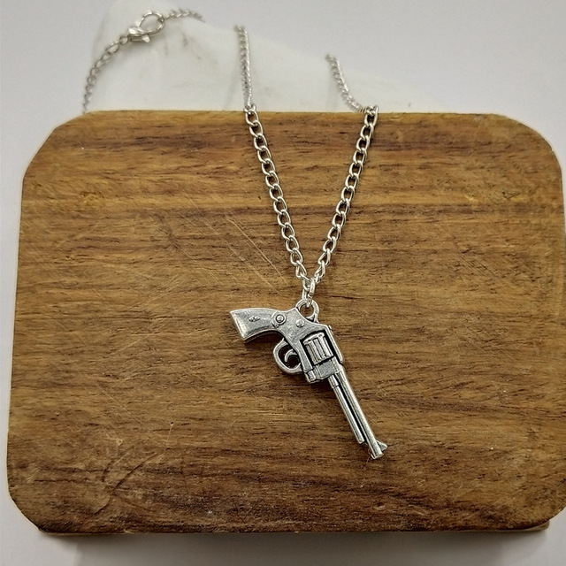 Necklaces & Pendants Chain Necklaces Wusqwsc 2018 Hot New Revolver And Gun Pendant Water Wave Chain Ladies Men Silver Necklace Jewelry Gift Structural Disabilities