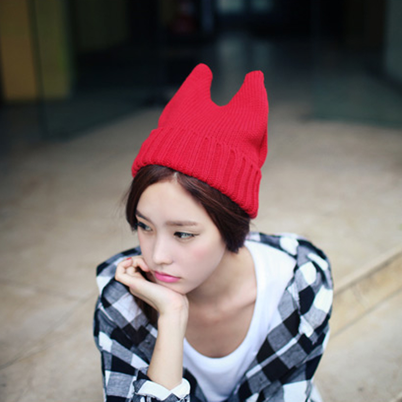 Autumn winter Hat Party little Devil Angle of Knitted Hat Cat ears style skullies футболка toy machine devil cat navy