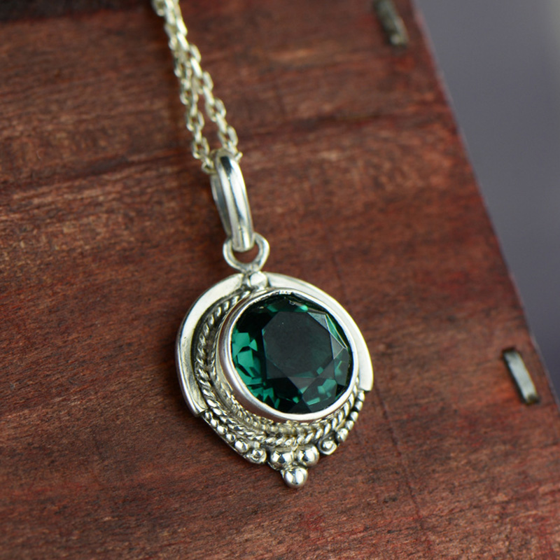 Real Pure 925 Silver Emerald Pendant For Women With Natural Stones Antique Retro Necklaces & Pendants Pendentif Argent