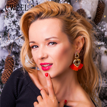 Boucles d'oreilles bohème Boucles d'oreilles Bella Risse https://bellarissecoiffure.ch/produit/boucles-doreilles-boheme/