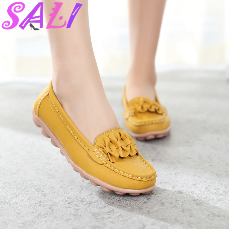 13 colors Spring Maternity shoes leather shoes Peas shoes large size shoes non-slip soft bottom shallow mouth single shoes work