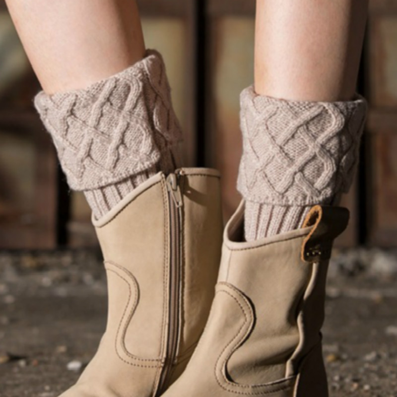 Fashion New Women Ladies Crochet Knitted Shell Design Boot Cuffs Toppers Knit Leg Warmers Winter Short Liner Boot Socks new