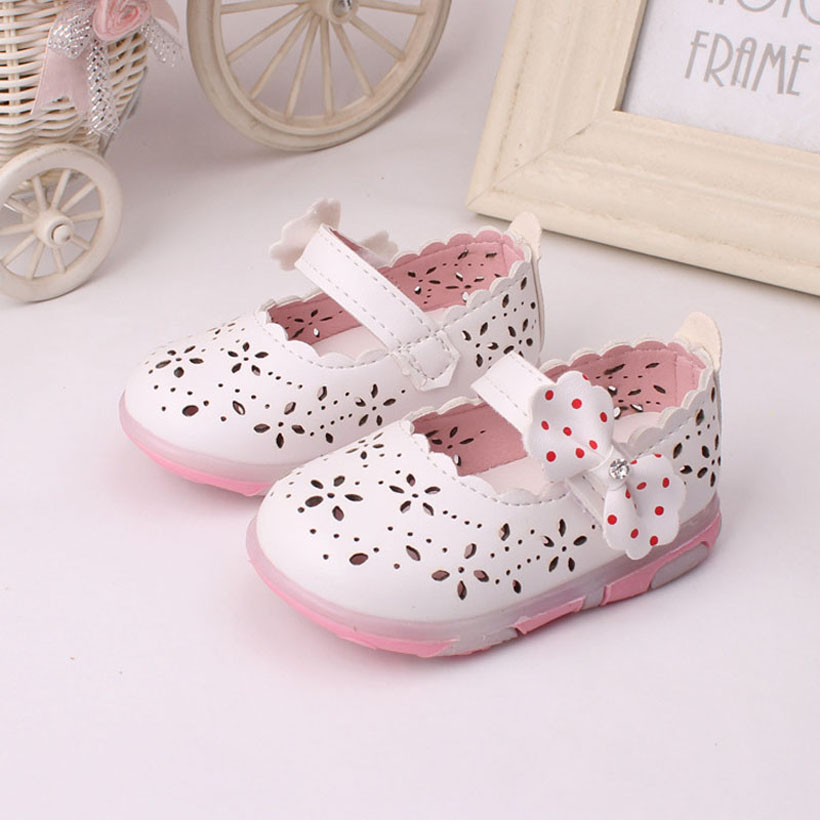 Musim panas Bayi perempuan Sandal Bowtie Anak Sepatu Pu Anak-anak Kecil Sandale Fille Putri Gadis Sepatu Led Light Balita ...