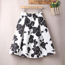 Black-and-white High-waisted Skirt