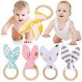 1 Pc Macio Brinquedo do Bebê Orelhas de Coelho Pequeno Aperto de Mão De Madeira Desenvolver A Inteligência Do Bebê Bebê Agarrar Chocalhos de brinquedo Sino de Mão Brinquedo Chocalho