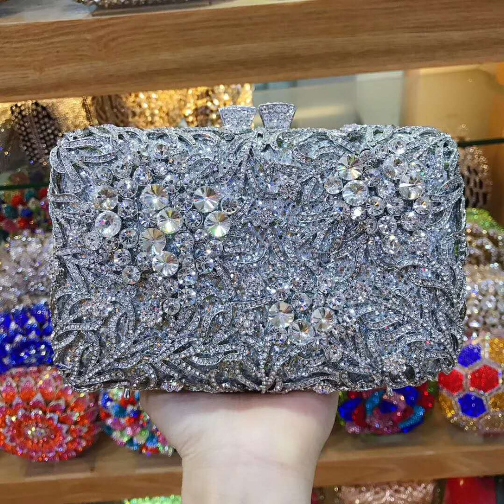 women gold/silver Evening Clutch Bag Ladies Diamond Crystal Day Clutches Purses Female Wedding Party Bridal Chain shoulder bagswomen gold/silver Evening Clutch Bag Ladies Diamond Crystal Day Clutches Purses Female Wedding Party Bridal Chain shoulder bags