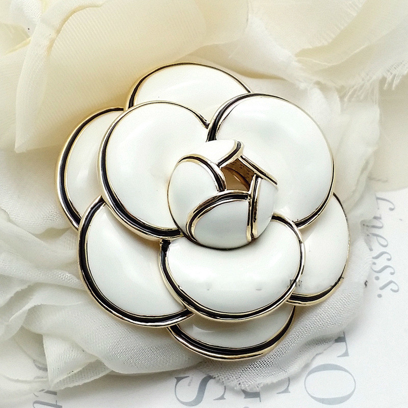 4.7cm Famous Brand Enamel Pin Camellia Brooch Archives Brooch Flower Large Brooches Women Jewelry Pins Broches Designer Jewlery