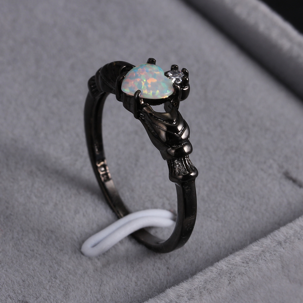 KNOCK  high Charming Heart Shape Fire Opal Rings For Women Wedding Band Vintage Black  Filled White  Ring charming embellished blue rhinestone wedding ring