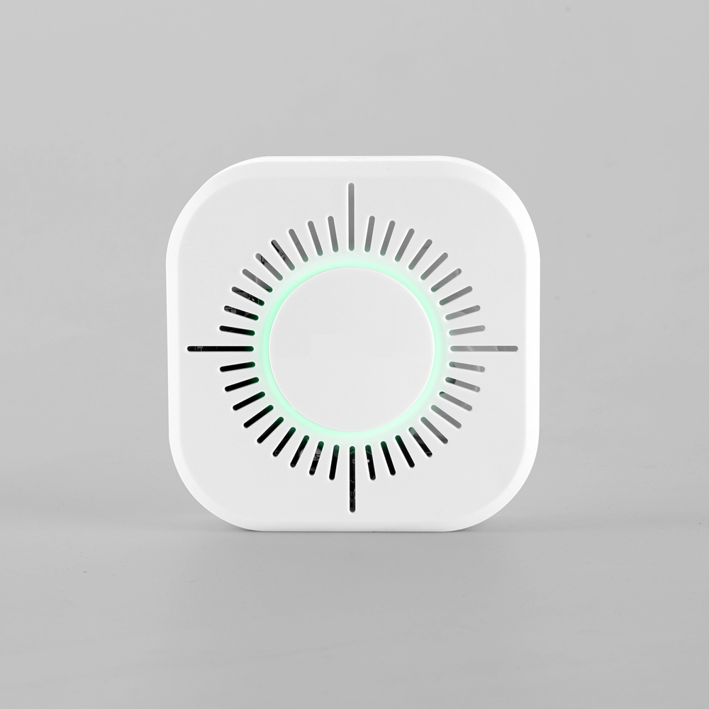 SUNLUXY C50W 360 Degrees High Sensitivity Wireless Security Smoke Fire Detector 300M Wireless 433 Transmissions Without Battery SUNLUXY C50W 360 Degrees High Sensitivity Wireless Security Smoke Fire Detector 300M Wireless 433 Transmissions Without Battery