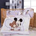 Venta caliente de 100% algodón 7 unidades historieta de mickey minnie mouse impresión favorable al medio ambiente cuna lecho