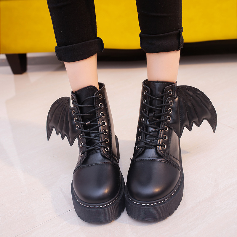 2017 new autumn and winter students leisure handsome Martin boots demon boots tie wings thick bottom boots wild 2017 autumn and winter new plus velvet thick women s boots soft bottom comfortable breathable mother shoes wild leather