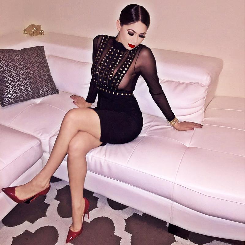 Вечернее пикантное платье