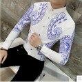 2017 Nuevo Verano del Estilo Chino Azul y Blanco de la Porcelana de Impresión Marea Coreana de Los Hombres de Manga Larga Camisa delgada Camisa Blanca Moderador ciervo