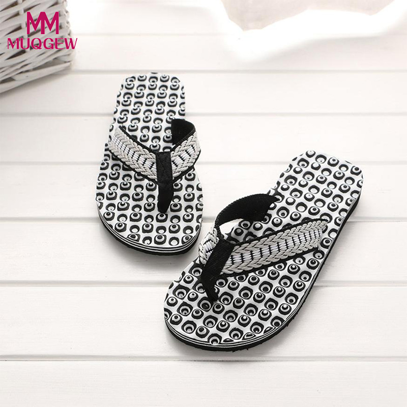 2018 New Fashion Men Summer Flip Flops Shoes Sandals Male Slipper Comfortable Massage indoor & outdoor Flip-flops Sandals Shoes