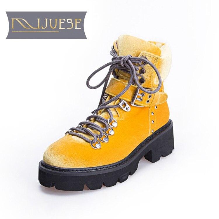 MLJUESE 2019 women ankle boots buckle strap short plush winter warm fur platform boots low heel women martin boots