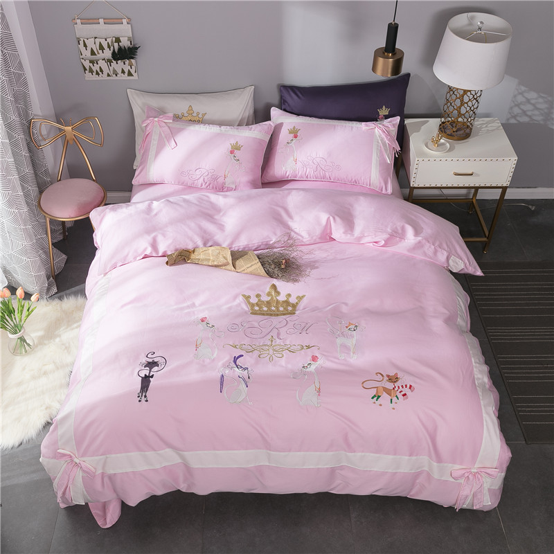 Girls Cute Princess Red Pink Bedding set Egyptian Cotton Queen King size Crown Embroidery Bed set Quilt/Duvet cover Bedsheet set