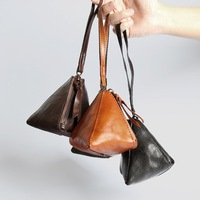 Triangle Real Genuine Leather Coin Purses Holders Women Small Wallet Purse Handmade Mini Cute Wristlet Handbag Pocket Holder