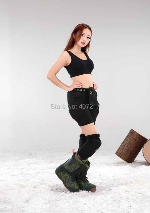 Adult gray camouflage skiing gear impact shorts hip pads womens mens snowboard skating knee pad hip knee guard D3O Hockey pants