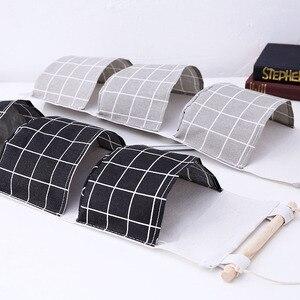 Image 4 - Novo organizador dobrável xadrez pendurado bolso saco de armazenamento bonsai telefone pendurar parede casa dormitório pendurado organizador 2019 quente