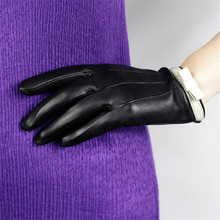 Genuine Leather Gloves Female Fashion Butterfly Knot Sheepskin Plus Velvet Thicken Black Womans DQ106