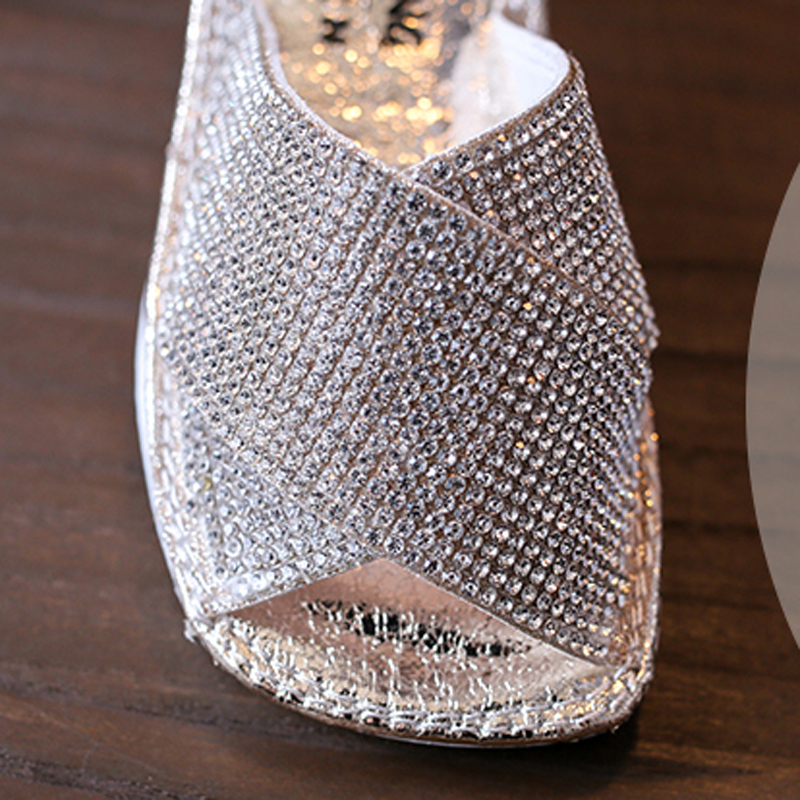 Luxury Rhinestones Nauhutu Children Slipper Girls  Fashion Kids Casual  Shoes Low Heel Diamond Cross Strap Home Sandals-in Slippers from Mother   Kids  on ... 8a8c5f683d19