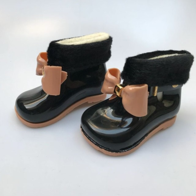 Mini Melissa Cute Bow Winter Warm Rainboots Jelly Shoes Children Shoes Rain  Boots Girl Shoes Anti-skid Bottom Water Shoes 3ed0c5c31638