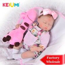 KEIUMI 17 дюймов закрытые глаза Reborn Boneca реалистичные мягкие силиконовые Новорожденные Menina Кукла реборн с жирафом партнер эксклюзивная игрушка