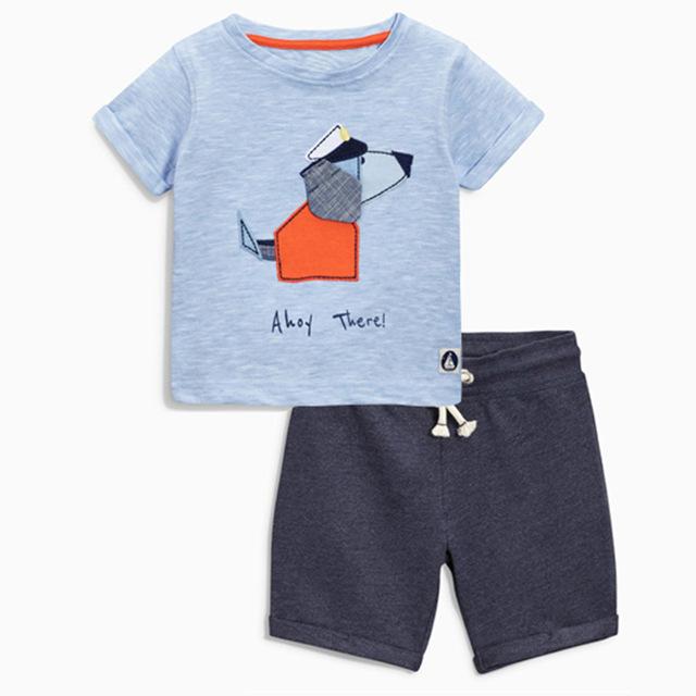 Nuevo 2017 perro de dibujos animados de verano bebe ropa niños ropa conjuntos escolares 2 unidades de rayas t-shirt + shorts nex algodón de los muchachos traje