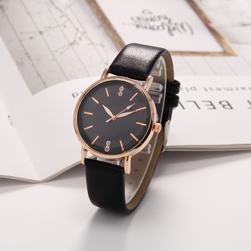 Refraction dial Quartz Women Watch Watches Denim Simple Leather Strap Men 39 s Casual Analog WristWatch Relogio Feminino Watch in Women 39 s Watches from Watches
