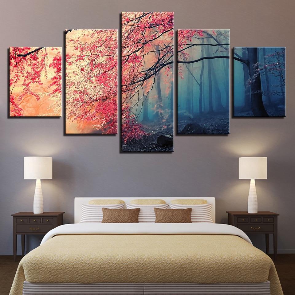 Постеры для спальни современные