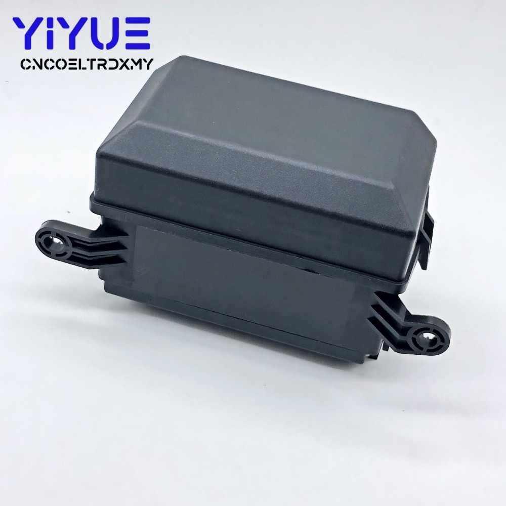 automotive relay box relay socket fuse holder 6 relay the nacelle insurance car automotive insurance car  [ 1000 x 1000 Pixel ]