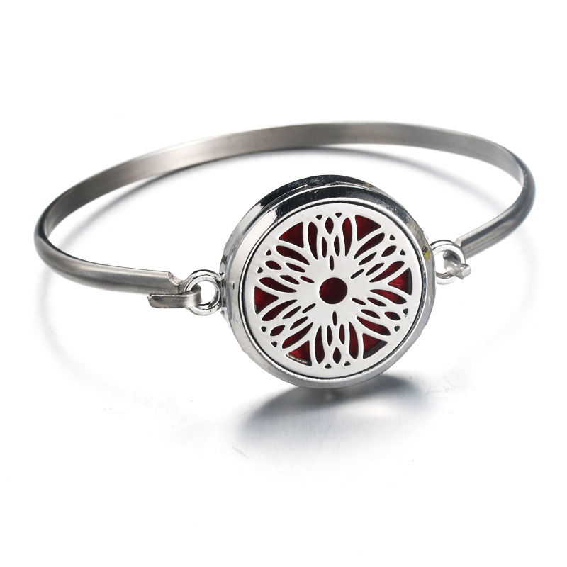 Silver Hollow flower Stainless Steel Aromatherapy Bracelet Aroma Essential Oil Diffuser Bracelet Women fashion jewelry GIFT