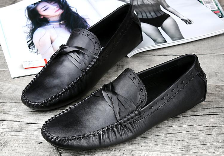 Leather Mens Fashion Casual Loafers Flats Slip On 2018 Summer Breathable Male Runway Smoking Shoes Sapatos Man Driving Shoes genuine leather mens casual sapatos shoes cross straps male runway sandals roman summer shoes flats 2018 man fashion leather