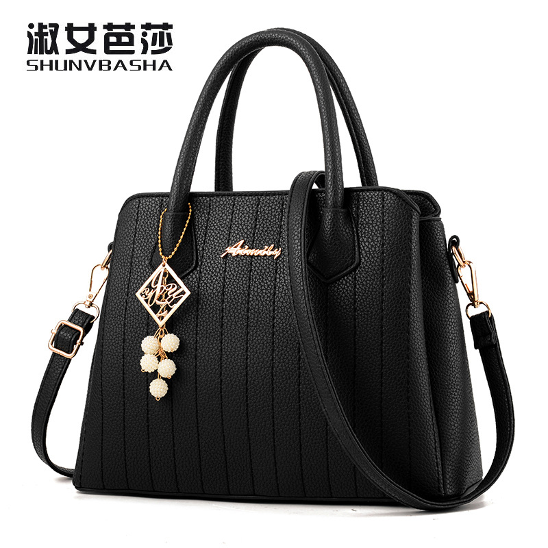 2017 Fashion Panelled Women Handbags Tassel Shoulder Bags High Quality PU Leather Bags Women Chain Ladies Hand Bags New