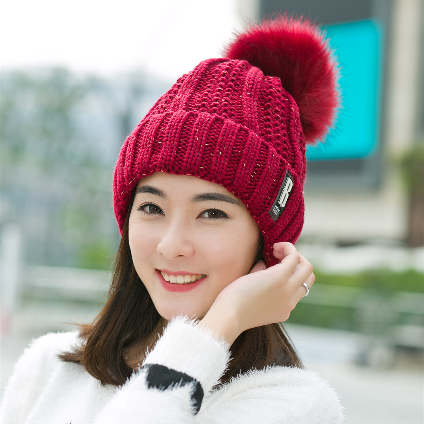 VEITHDIA 2019 New Pom Poms Winter Hat For Women Fashion Solid Warm Hats Knitted Beanies Cap Brand Thick Female Cap Wholesale