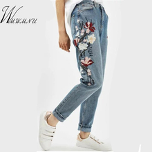 Wmwmnu Flower embroidery jeans female Light blue casual pants capris 2017 Spring new Pockets straight jeans women bottom F180