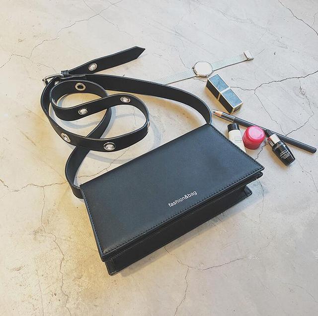 Retro Ladies Square Bag PU...