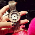 Роскошный Кристалл Способа Кварцевые Женщины Браслет Смотреть Женщины Платье Часы Дамы Горный Хрусталь Нержавеющая Сталь Кисточкой Наручные Часы Подарок