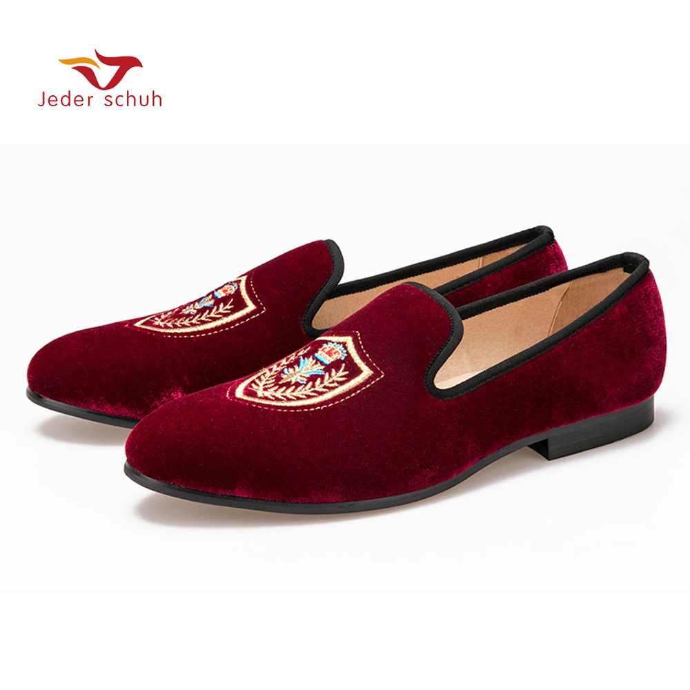 Fashionable Shield embroidered Men Velvet loafer Men wedding and party shoes Men's Flat men dress shoes Free shipping luxurious handmade embroidered motif paisley men velvet loafer slippers men wedding and party shoe size 4 14 free shipping