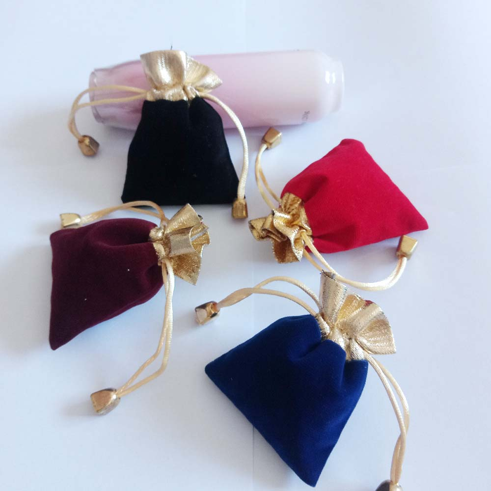 50pcs Phnom Penh Gold Bead Velvet Bag Jewellery Pouch Gift Bags Wedding Drawstring Bag Woman Jewelry Display Gift Packaging Bag