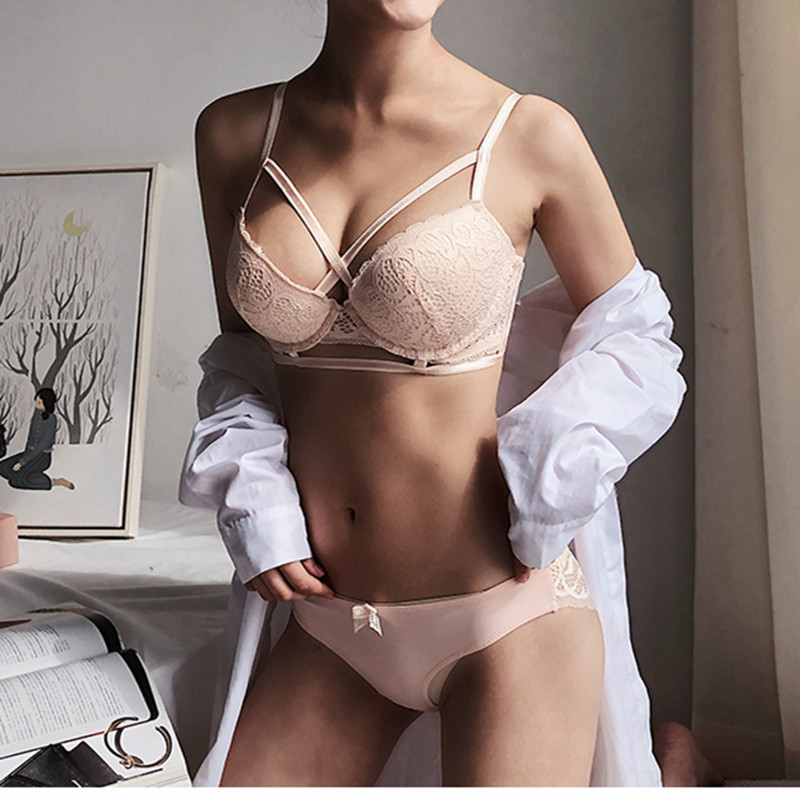 TERMEZY New Top Sexy Underwear   Set   Push up   Bra     Set   Embroidery Women Lingerie High Quality Lingerie   Set   3/4 Cup Lace Brassiere