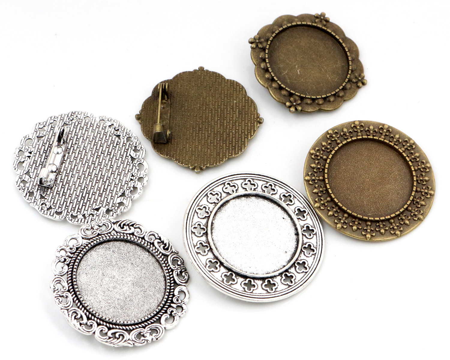 New Fashion  2pcs 25mm Inner Size 4 Style Antique Silver and Bronze Brooch Pierced Cameo Cabochon Base SettingNew Fashion  2pcs 25mm Inner Size 4 Style Antique Silver and Bronze Brooch Pierced Cameo Cabochon Base Setting