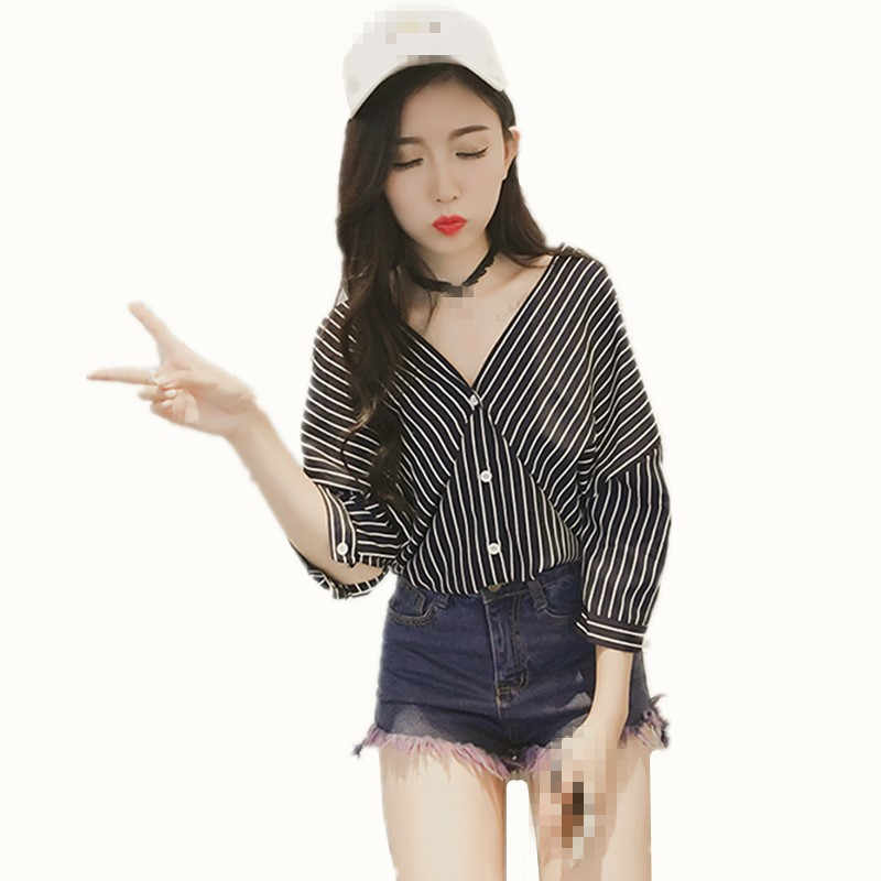 B1691 2019 Spring summer new college feng V neck band seven sleeve shirt with a loose and thin shirtless shirt cheap wholesale