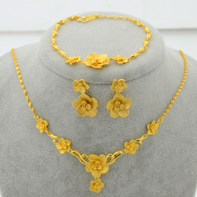 Moda Banhado A Ouro Conjunto de Jóias Pingente de Flor Colar/Brincos/Pulseira para As Mulheres Presentes da Festa de Casamento Da Noiva de Luxo #037804